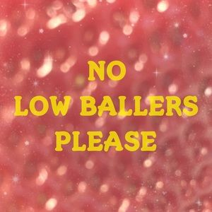 Accessories - No Low Ball Offers Please! 🙏🏻🙏🏻